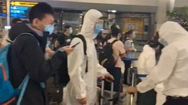 Video Tenaga Medis Asal China Tiba di Bandara Soetta.