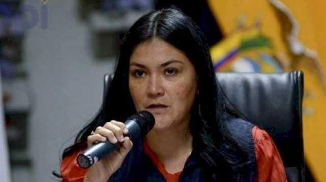 Menteri Kesehatan Ekuador Mengundurkan Diri