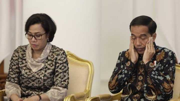 Presiden Joko Widodo bersama Sri Mulyani