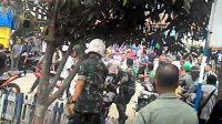 Kecam Bentrokan Antara TNI dan Polri di Papua, DPR: Lukai Hati Rakyat, Sungguh Memalukan!