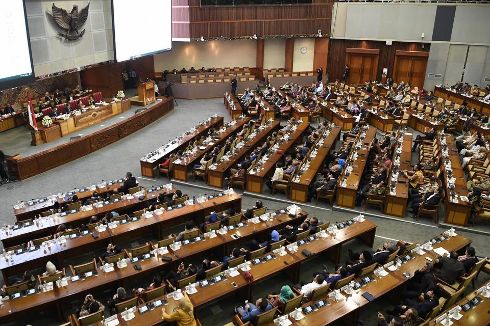 Dari Presiden Hingga DPR Tak Dapat THR, Wakil Ketua DPR :Setuju, Bantu Ekonomi Di Massa Pandemi Corona