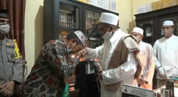 Habib Umar Assegaf Maafkan Satpol PP