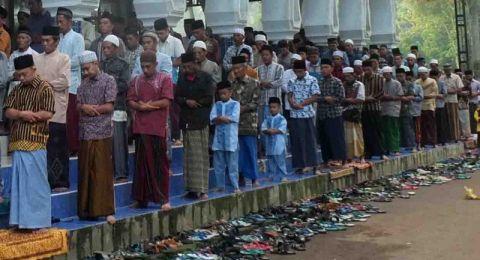 Pesantren Mahfilud Dluror Jember Gelar Salat Ied Duluan – IDTODAY ...