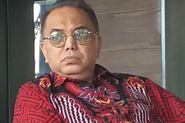 Haidar Alwi: Kebiasaan Curhat Erick Thohir Akan Berdampak Buruk Pada BUMN