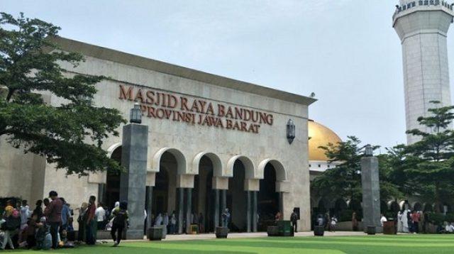 Masjid Raya Bandung masih tunggu PSBB berakhir baru kembali gelar shalat Jumat berjamaah/Net (Foto: Rmol.id)