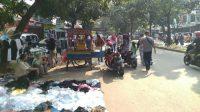 Kawasan Stadion Pakansari Bogor Dipadati Warga-PKL, Padahal Masih PSBB