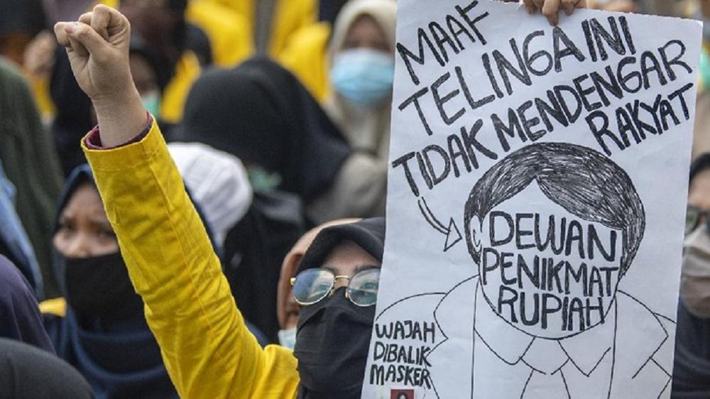 Aksi Tolak Omnibus Law Berlanjut di Polda Sumsel dan Kantor Gubernur