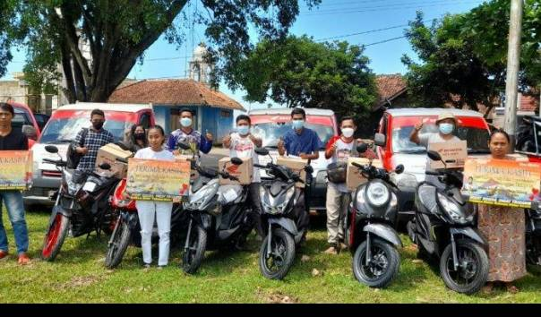 Dapat Ganti Untung Miliaran, Warga 1 Desa di Subang Borong Ratusan Motor Baru