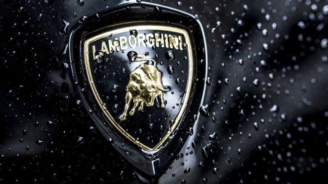 Kasian, seorang pengangguran Jalani Ritual Puasa 40 Hari demi Mobil Lamborghini