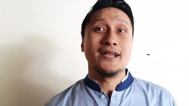 Sambut Lailatul Qadar, Arie Untung Kumpulkan Artis-Ulama Khotmil Quran Bareng, Netizen Pertanyakan Aldi Taher