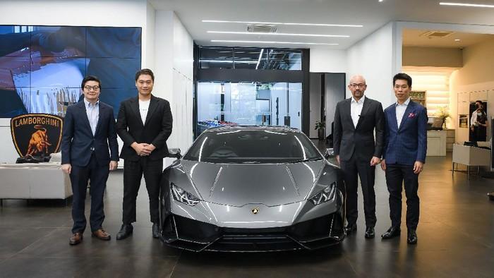 Boyong Lamborghini Pakai Bitcoin, Pria Ini Jadi yang Pertama di Asia