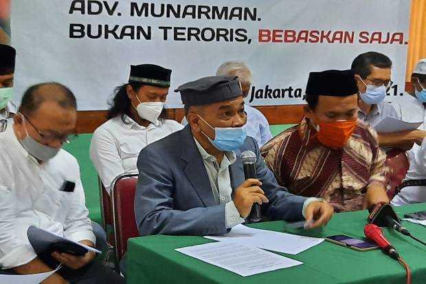 Munarman Dituding Baiat ISIS saat Seminar di Medan, Pengacara: Fasilitator Polda Sumut