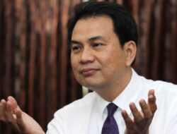 """Bantah Punya 8 """"Orang Dalam"""" di KPK, Azis Syamsuddin Bawa Nama Tuhan hingga Almarhum Orang Tuanya"""