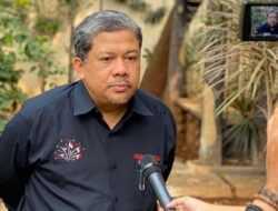 Fahri Hamzah: Kemenag Bukan Lembaga Keagaman, Itu Lembaga Negara!