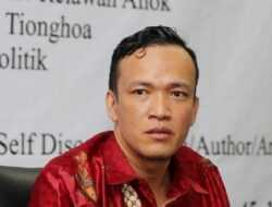 Natalius Pigai Cuit 'Jangan Percaya Orang Jateng Jokowi dan Ganjar', JoMan: Penghinaan Besar