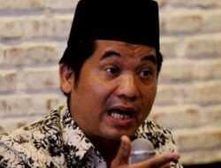 Ray Rangkuti Heran dengan Pelaporan Natalius Pigai, 'Kedua Nama Itu Harusnya Yang Respon'