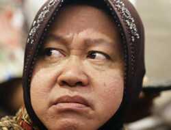 Kejadian Lagi di Lombok, Risma Marah-marah dan Adu Mulut dengan Warga yang Menuntut Bansos